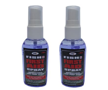 2 Flesjes First Aid Fish Spray (vaak verplicht op betaalwater) voor vissen met wondjes