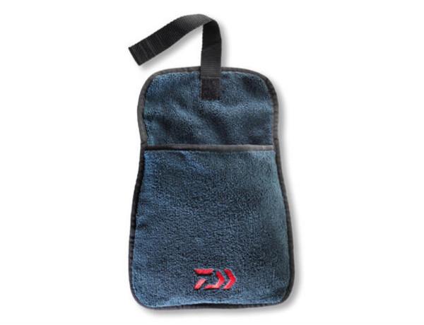 Daiwa Towel (28cm x 20cm)